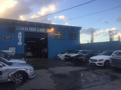 MTJ Paint & Body Shop 4510 NW 32nd Ave. Miami, FL 33142 (305) 632-1914  http://www.411collision.com/car-painting-miami/